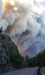 Plume near Big Meadows campground. (Courtesy: Inciweb)