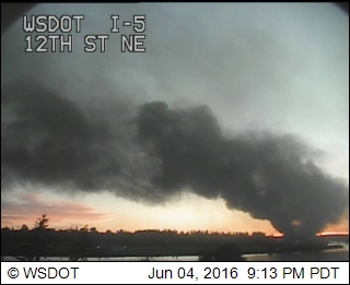 Fire at I-5 / 12th Street. (Credit: WSDOT)