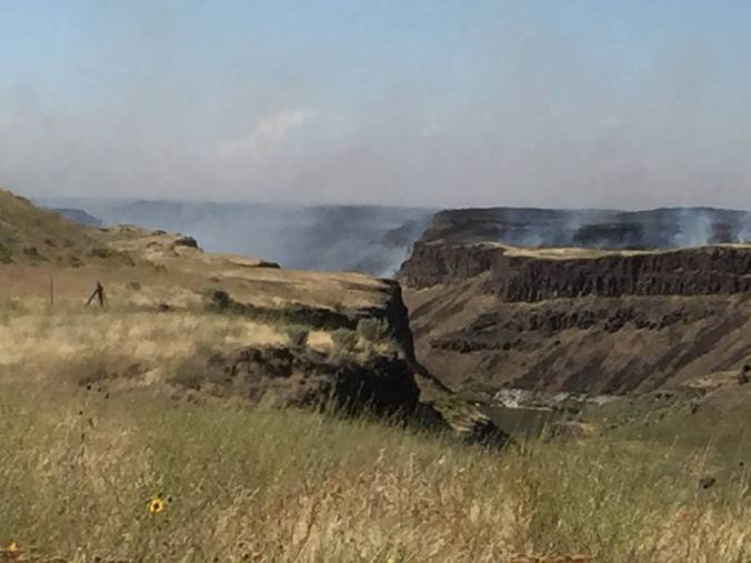Palouse Fire (Credit: FF Todd Kuppener Jr/FranklinCoFireDistrict#1)